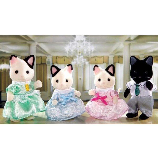 famiglia gatti tuxedo-1
